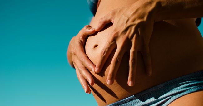 Могу ли я делать лазерную эпиляцию во время беременности?